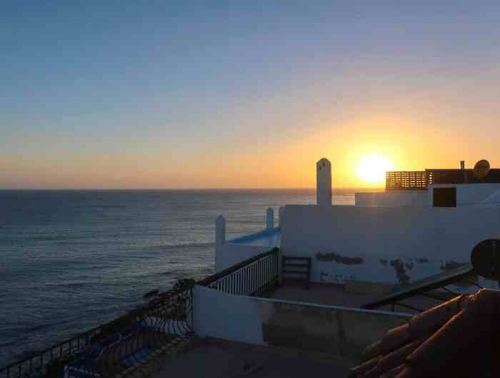 Dfrost Almugar Surf and Yoga House Taghazout sunset