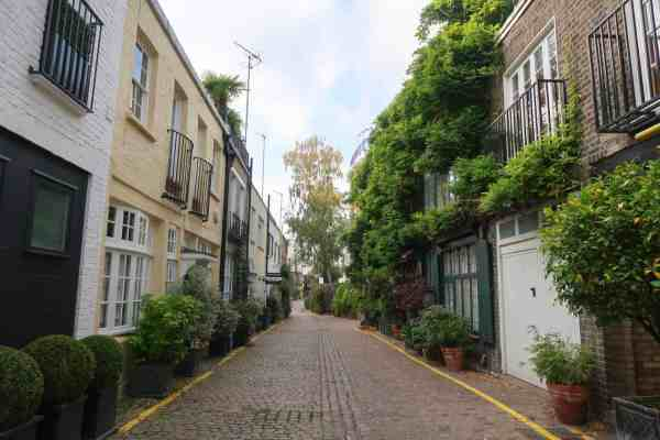 things to do in Kensington, London mews