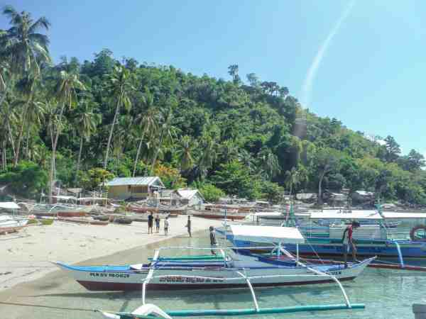 things to do in Palawan, the Philippines Port Barton