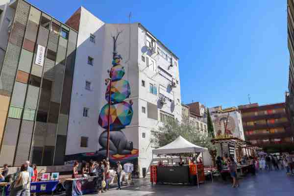 guide to Zaragoza spain sunday market