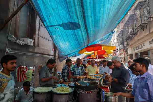 things to do in mumbai street food tour