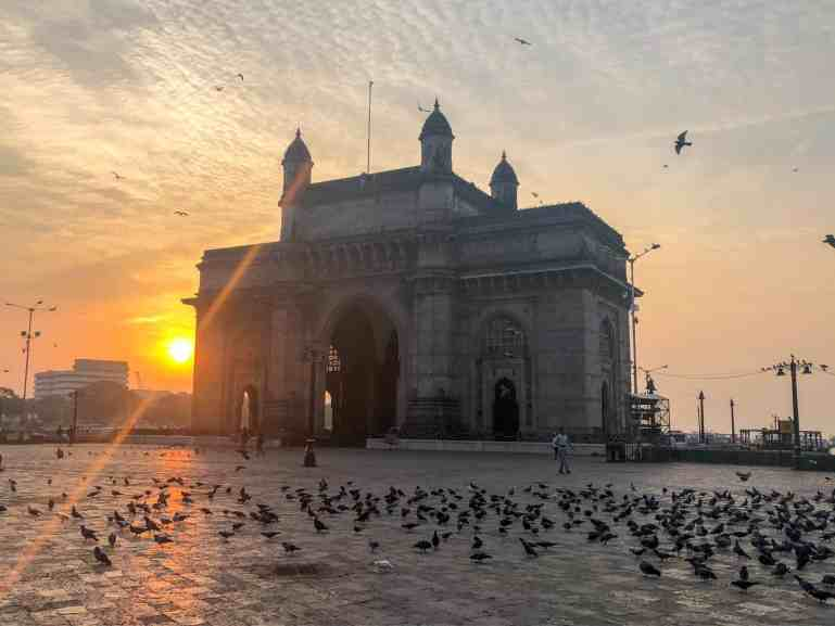 best places to visit in India, sunrise at gateway of India Mumbai