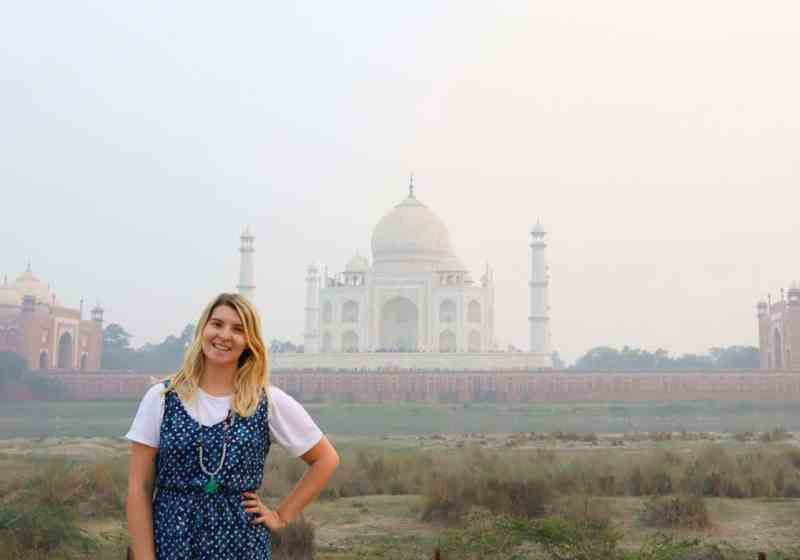 ellie quinn and the taj mahal behind