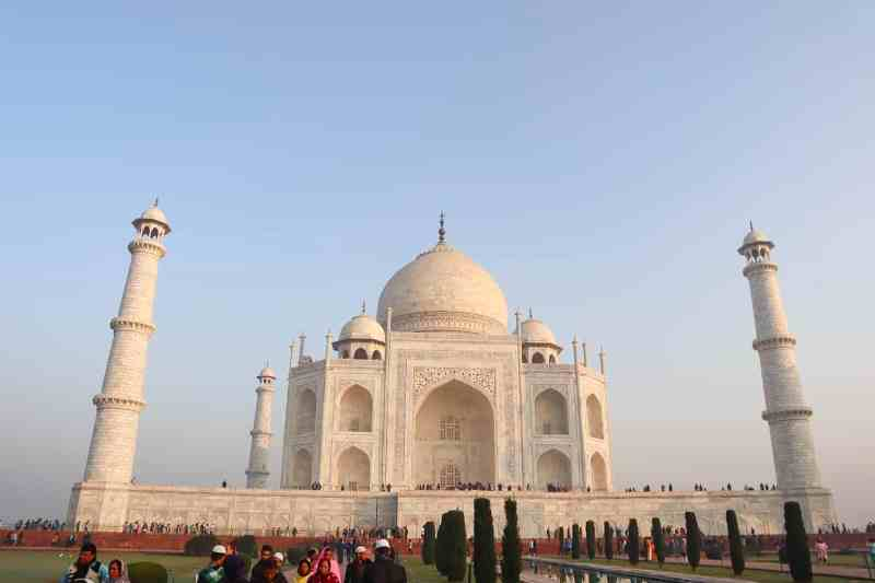 planning a trip to India, Taj Mahal India and blue sky