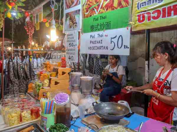 things to do in Chiang Mai street food