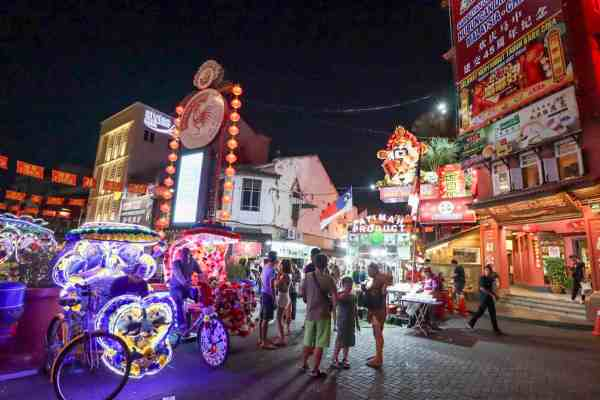 things to do in Melaka Malaysia tricycle ride at night