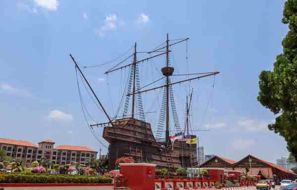 things to do in Melaka Malaysia maritime museum