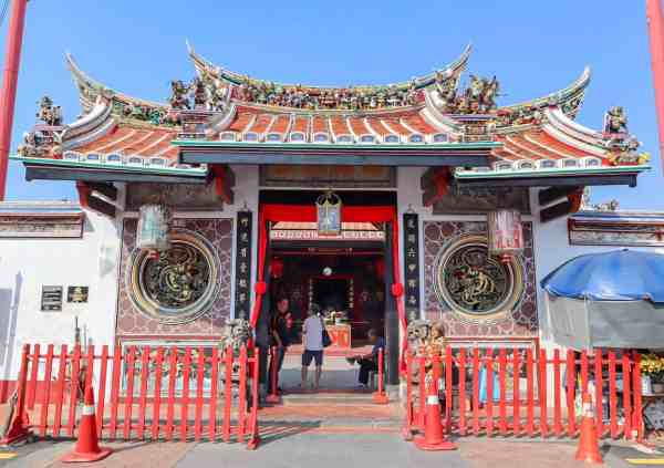 things to do in Melaka Malaysia temple
