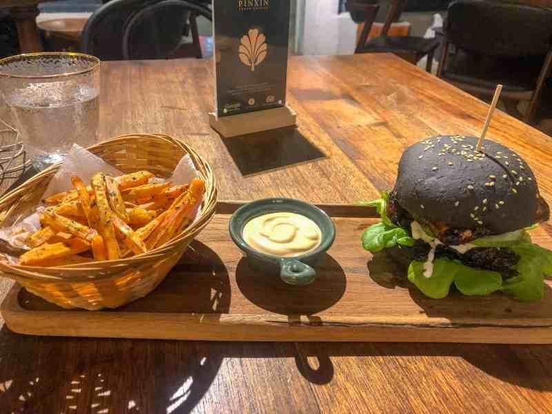 things to do in Georgetown Malaysia, Vegetarian restaurants georgetown