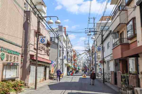 things to do in kobe nada walking tour