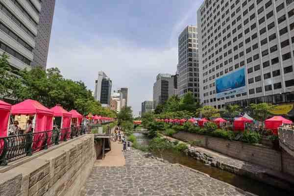 free things to do in Seoul - Seoul Stream