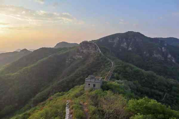 disused part of the great wall of china