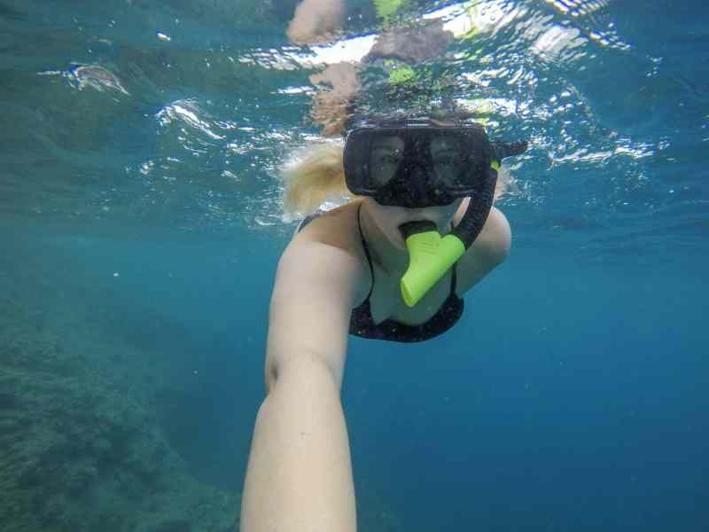 ellie quinn snorkelling in Dominica | dominica day tours