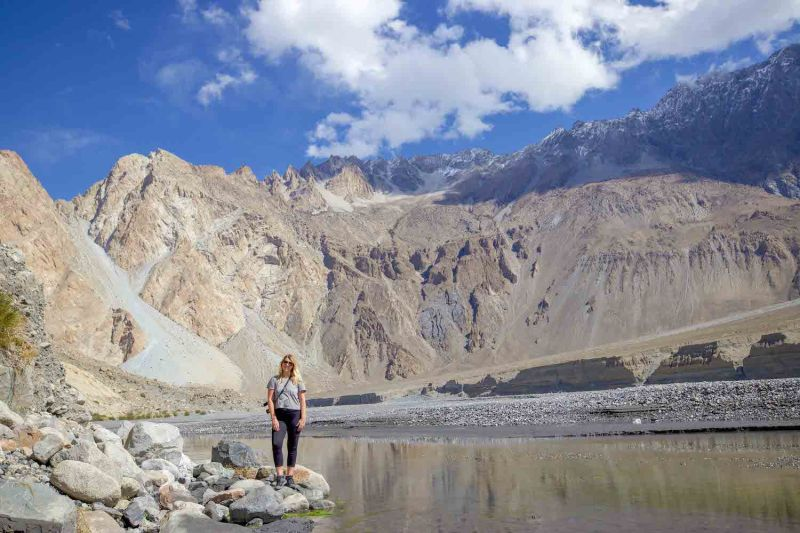 ellie quinn and passu mountains | Pakistan itinerary