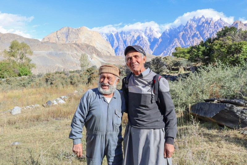 Pakistan itinerary, Khan Bhag and friend in Hunza mountains