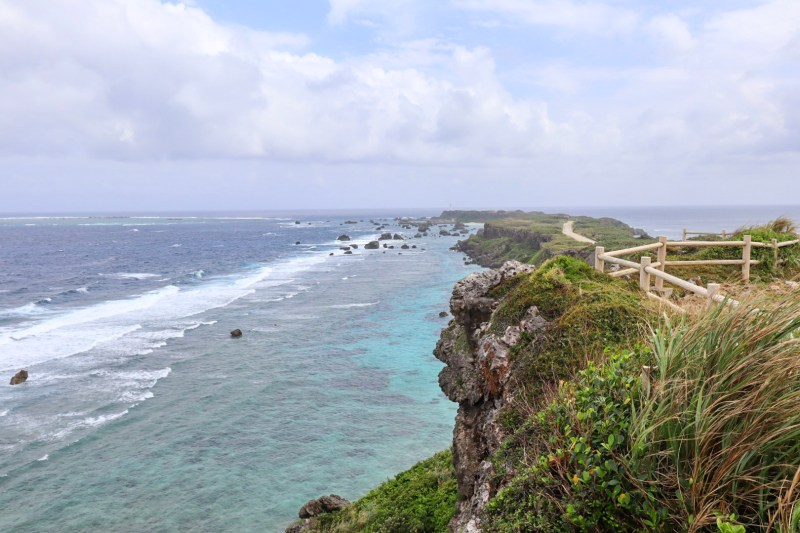 Higashi Hennazaki Lighthouse Viewpoint in Miyakojima | things to do in Miyakojima island