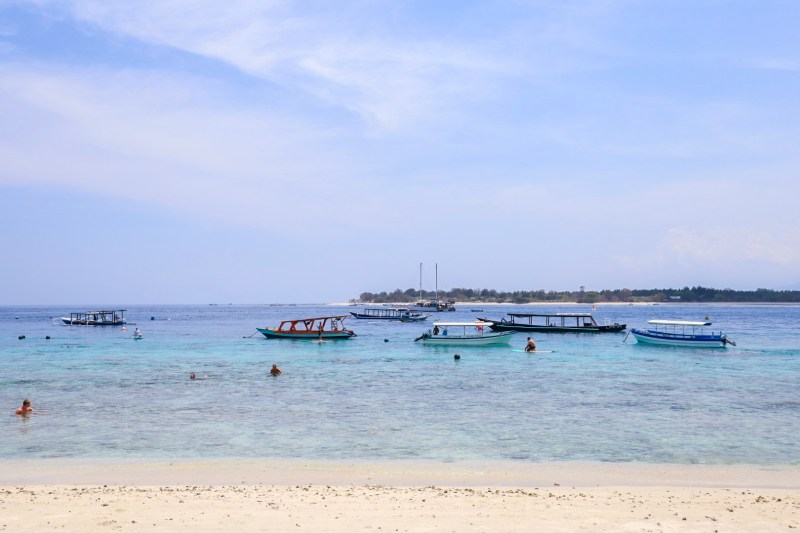 Gili T Ocean for Stand up paddle boarding | things to do in Gili T