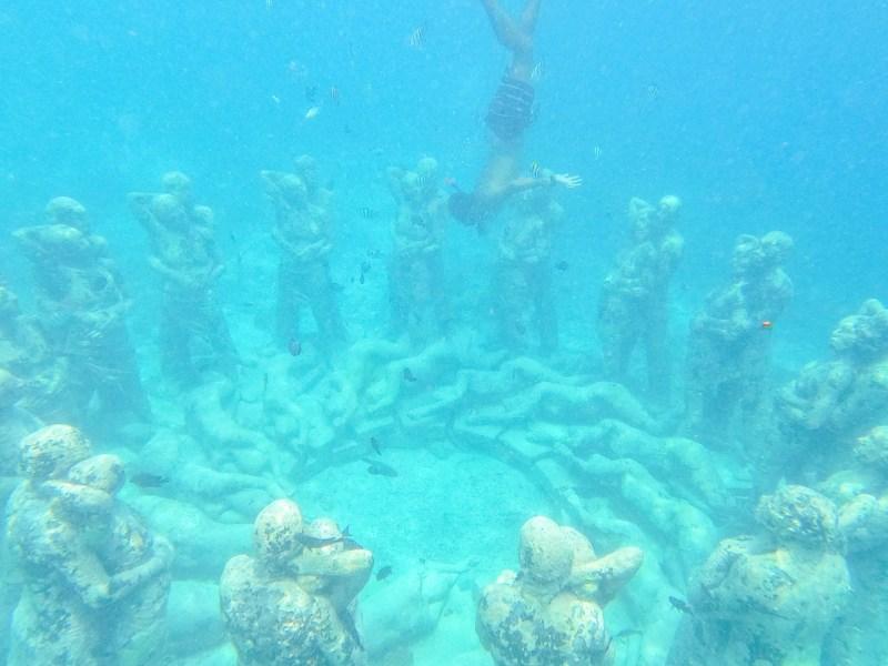 Snorkeling Gili Trawangan, Gili Meno Statues