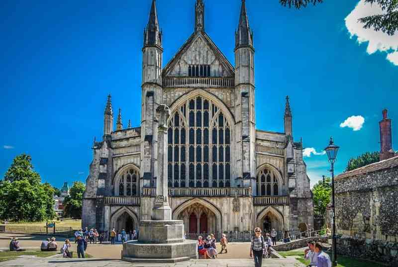 Winchester Cathedral blue sky | Winchester day trip from London by train