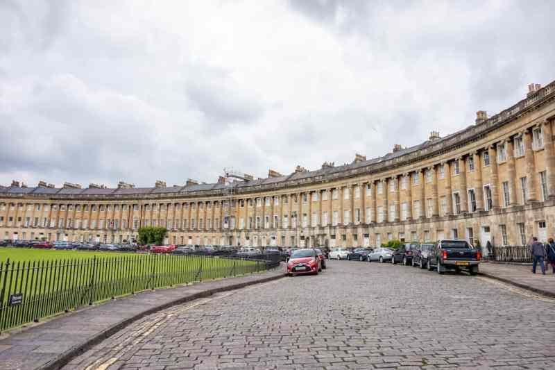 Day Trip to Bath from London, The Royal Cresent