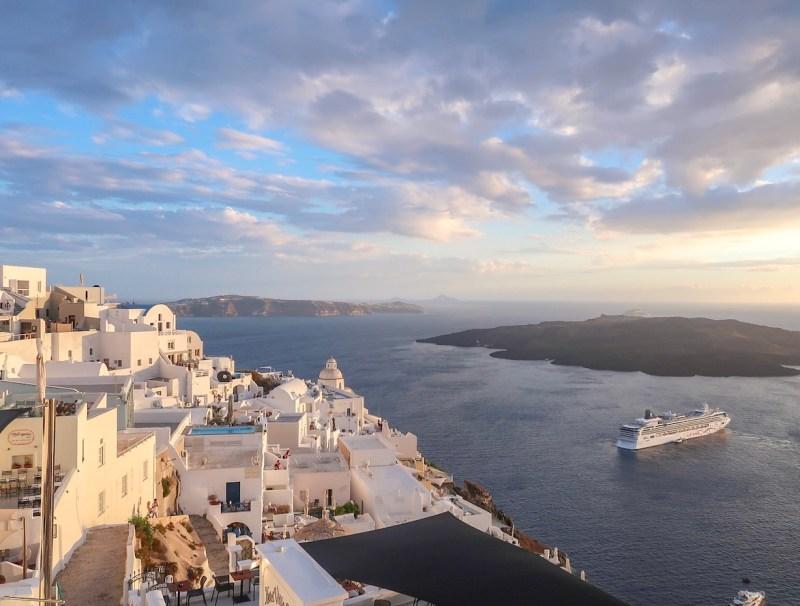 Santorini on a budget, Oia Sunset