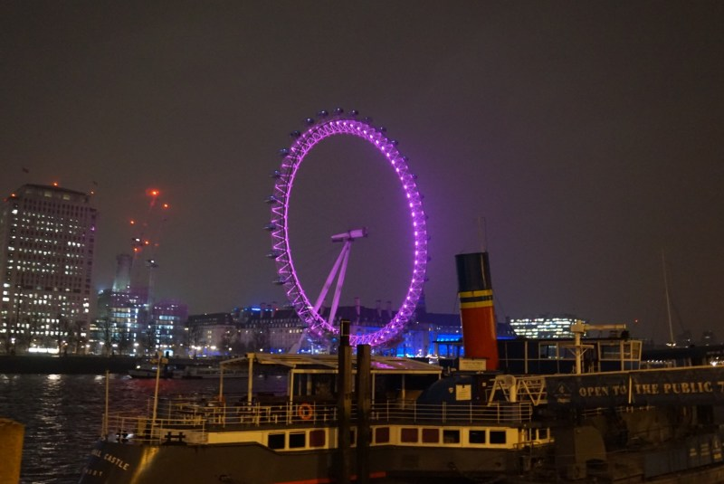 things to do in winter in London, London at night