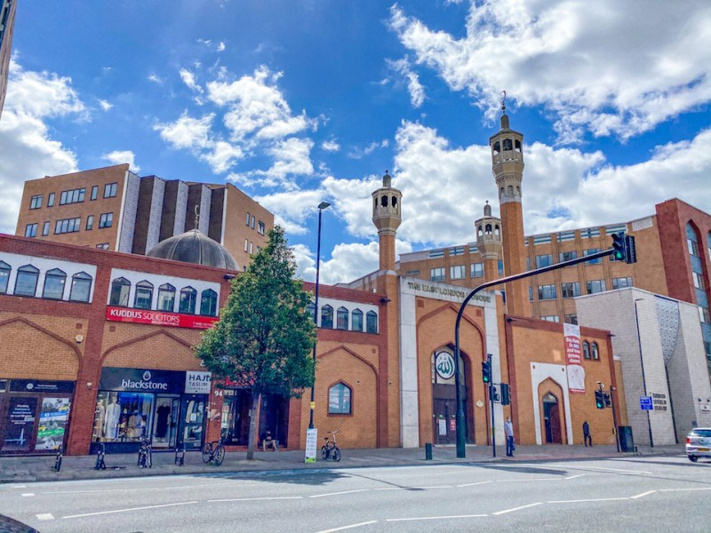 arab areas in London, east London mosque