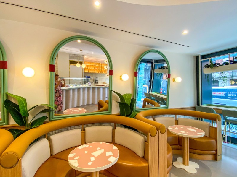 arab areas in London, Arabic coffee in soho, Bafarat Cafe