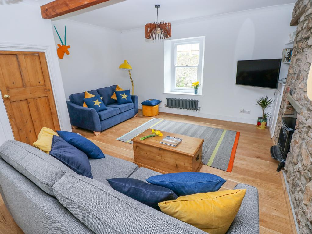 5 Park Place Tenby Living Room