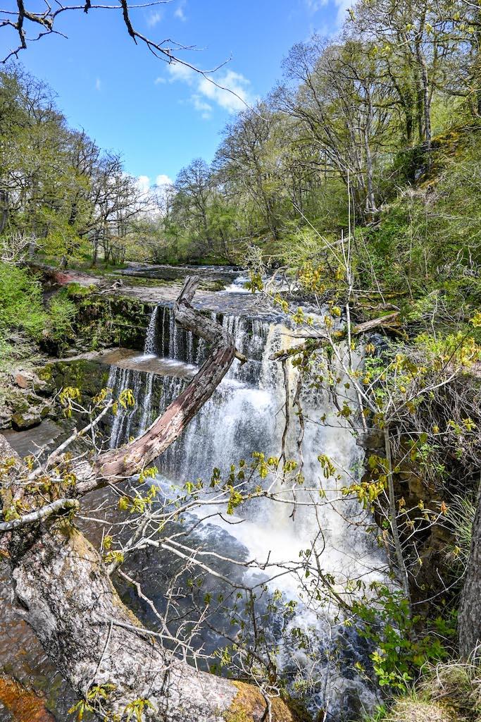 Sgwd Clun-Gwyn, Brecon Beacons Waterfalls Walk