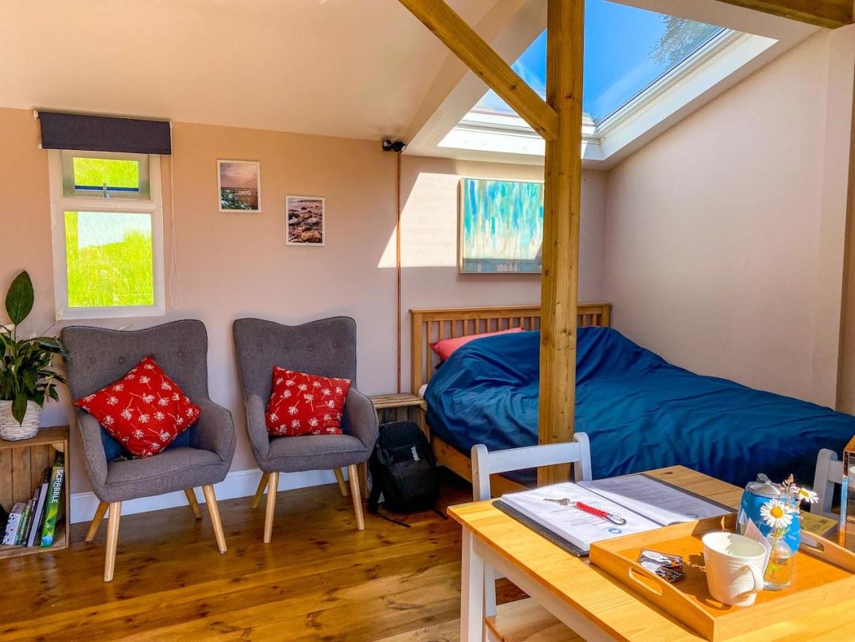 Royal Oak Farm Devon Cabins inside bedroom