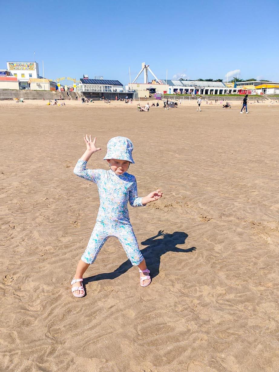 beaches near Cardiff, Coney Beach Porthcawl