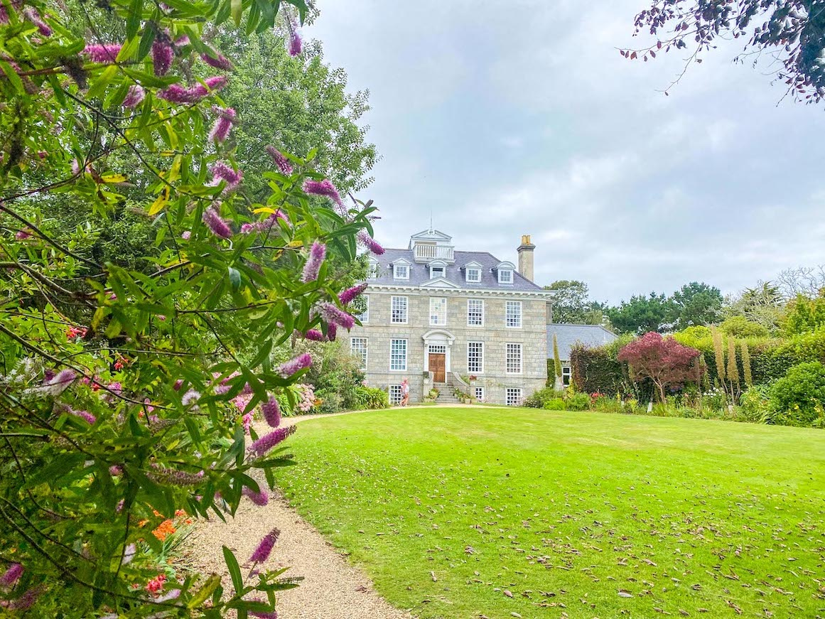 Things to do on Guernsey, Sausmarez Manor House