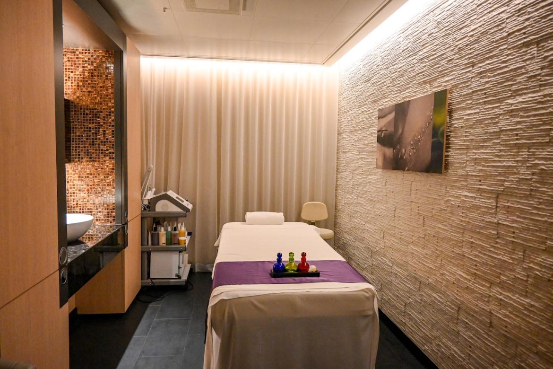 Princess Cruises from Southampton, lotus spa massage room