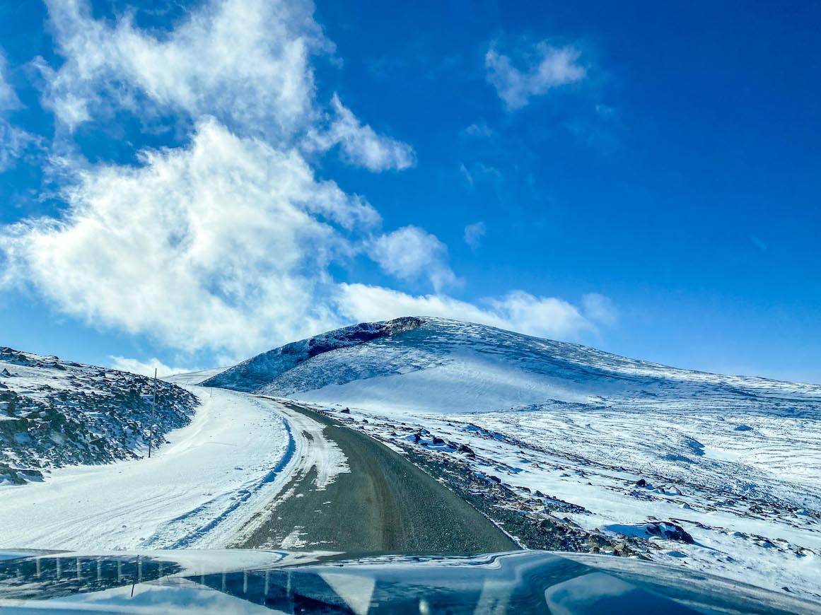 Bergen to Alesund, driving through Jotunheimen National Park