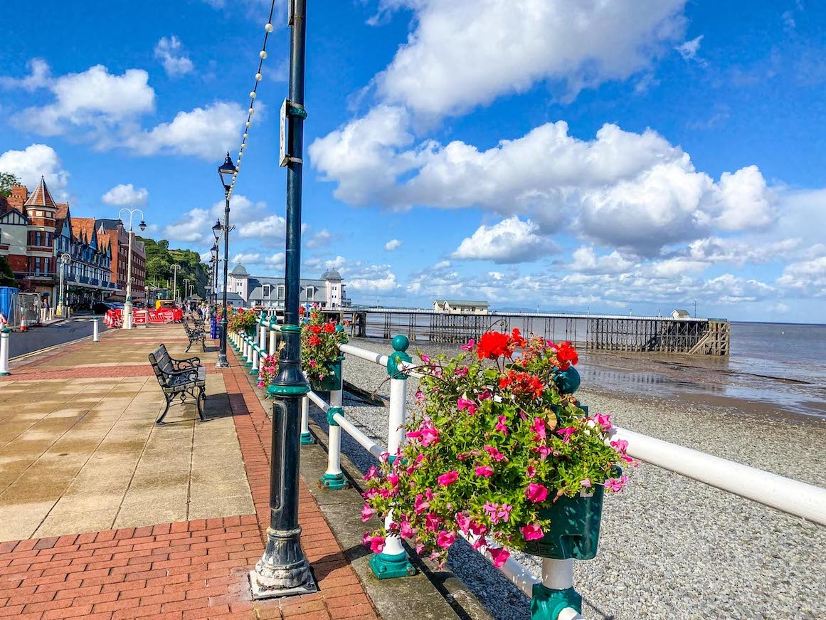 things to do in Cardiff, places to visit near Cardiff, Penarth Beach