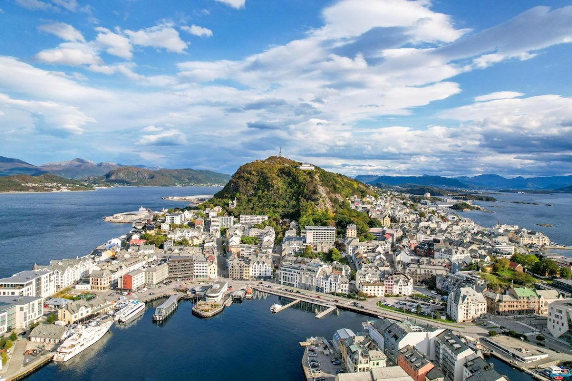 Norway road trip, Alesund from Drone