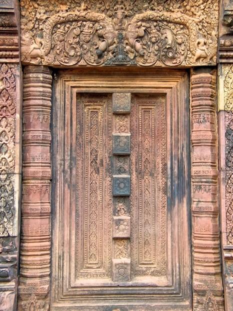 Banteay - The Stone Door