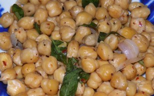 Spicy and Aromatic chick peas