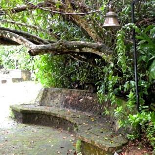 Curved Bench, Lunuganga