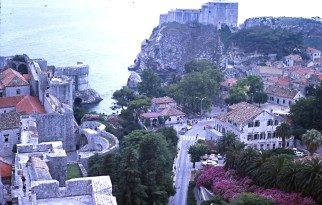 Dubrovnik town and castle walls (1976)