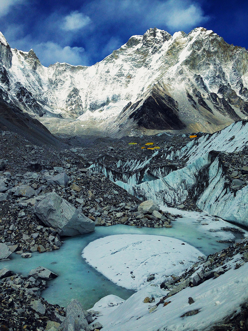 tents ice everest base camp