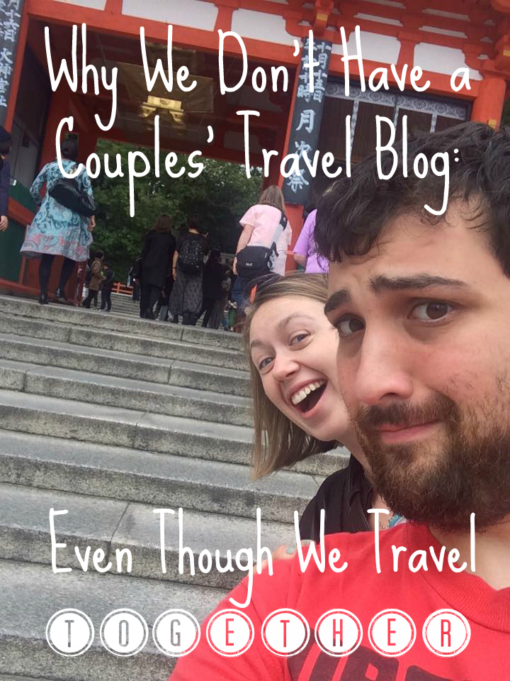 couples travel blogging