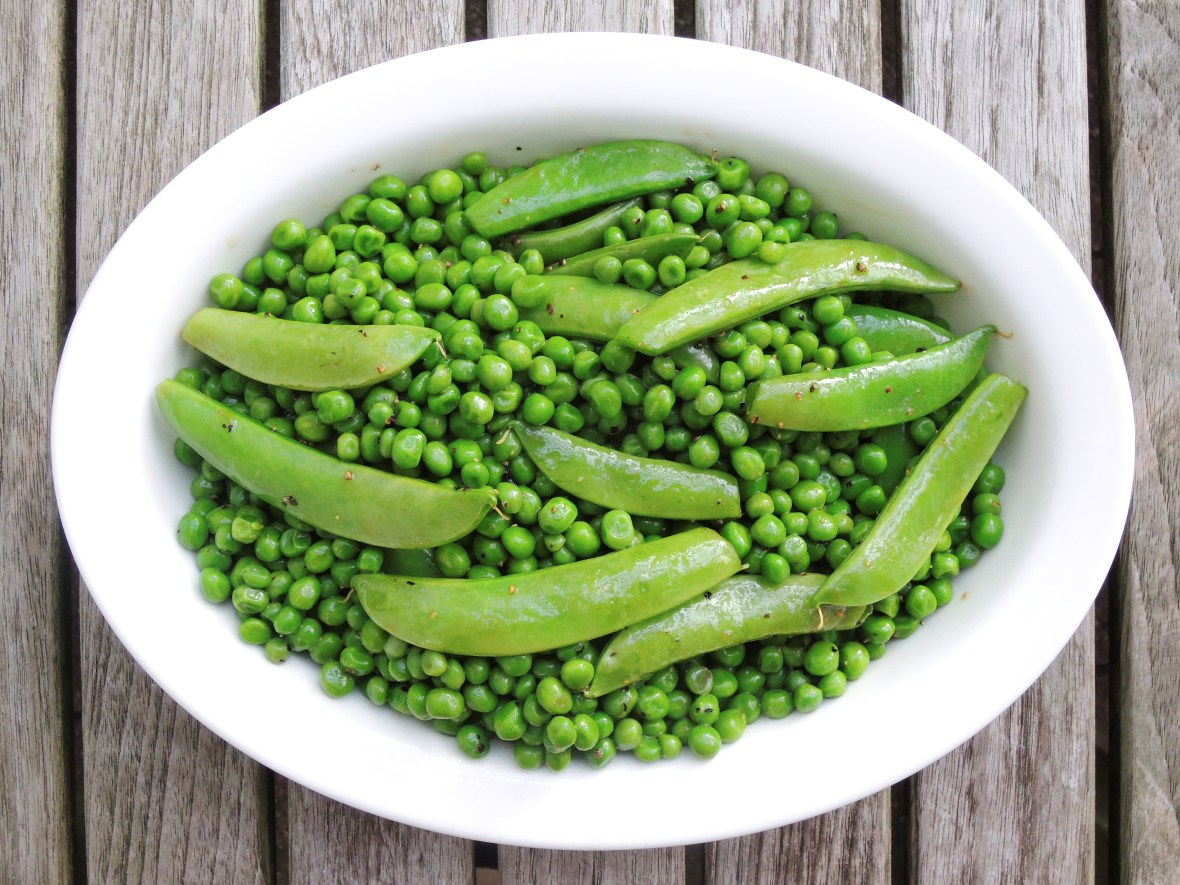 Vegetables, peas, braised petits pois with sugar snap peas and sesame dressing 1