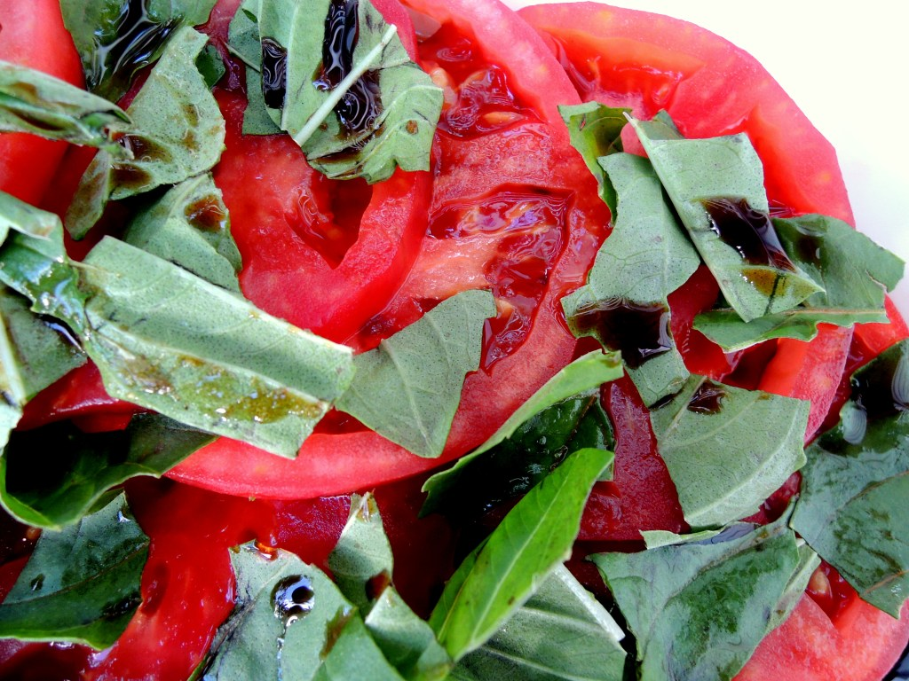 Salads, tomato, garlic scented tomato salad 2