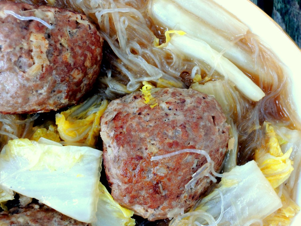 Meatballs, yang zhou shi zi tou (Chinese lion's head) 2