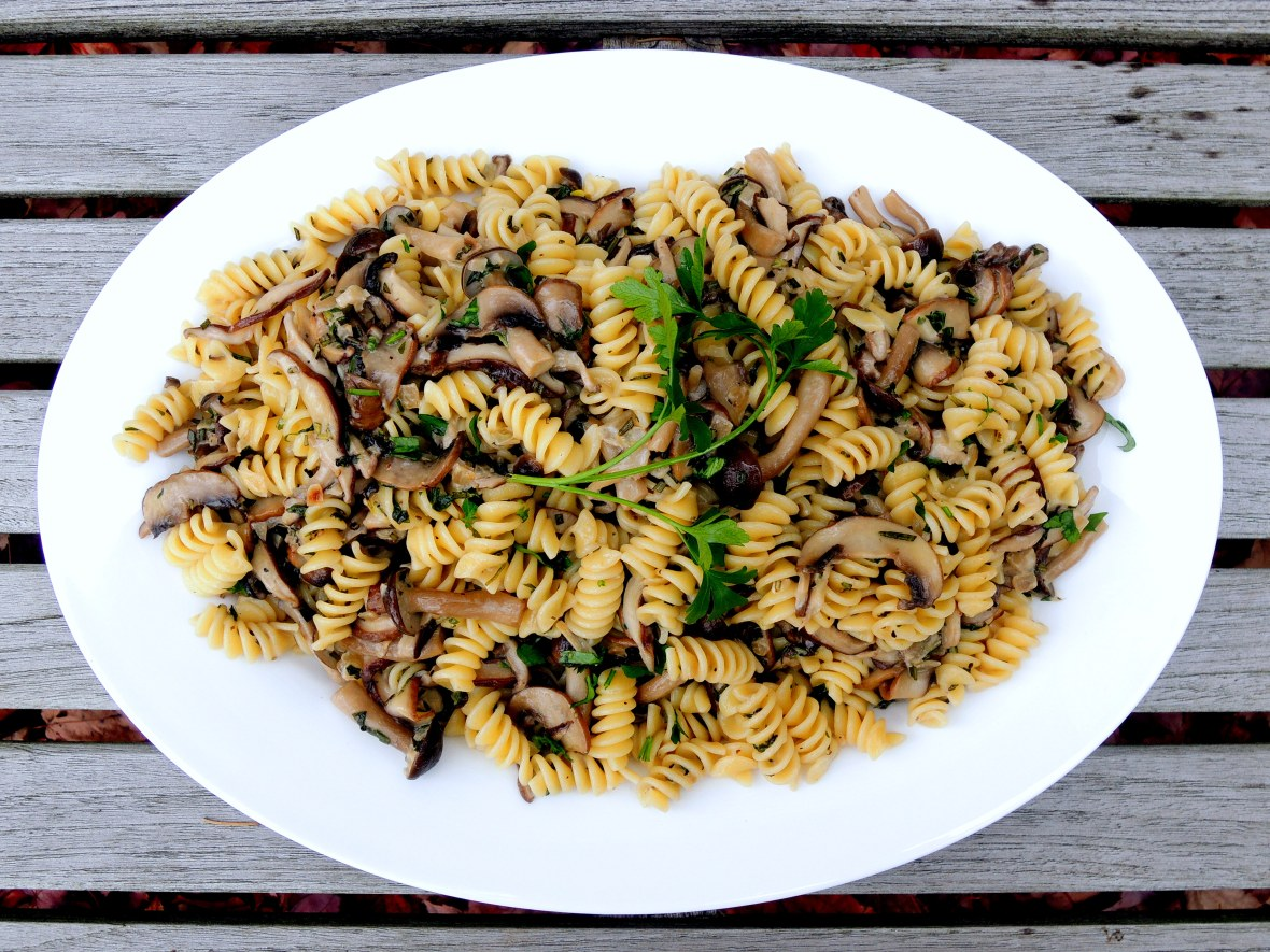 pasta-fusilli-with-mushrooms-1