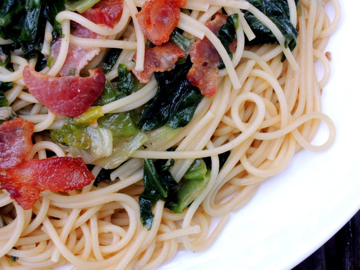 Pasta, spaghetti with bacon and escarole 2