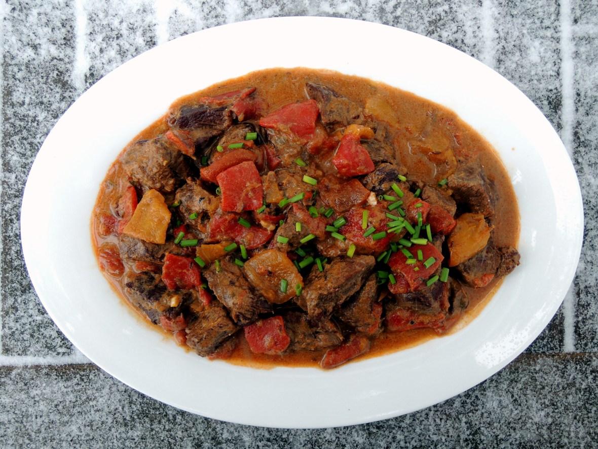 Beef, stews, Hungarian roasted pepper goulash 1