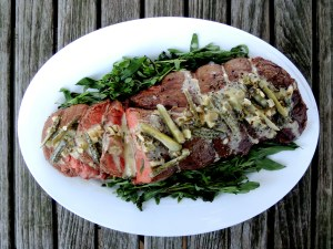 Beef, tenderloin, roasted with cornichon tarragon sauce 1